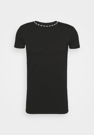 BOUND LOGO GYM TEE - Print T-shirt - black/white