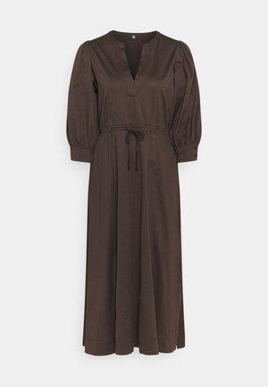 Day dress - onyx brown