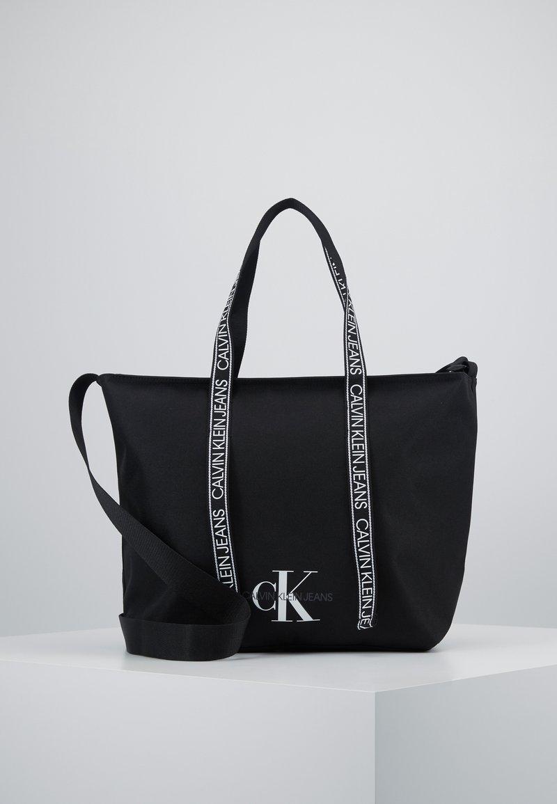 Calvin Klein Jeans - SHOPPER - Tote bag - black