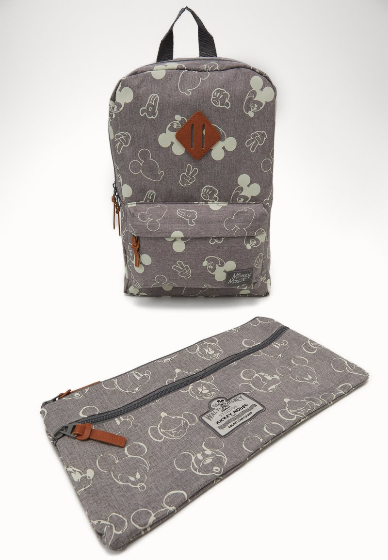Kidzroom - PENCIL CASE & BACKPACK MICKEY MOUSE 90TH ANNIVERSARY SET - School set - grey
