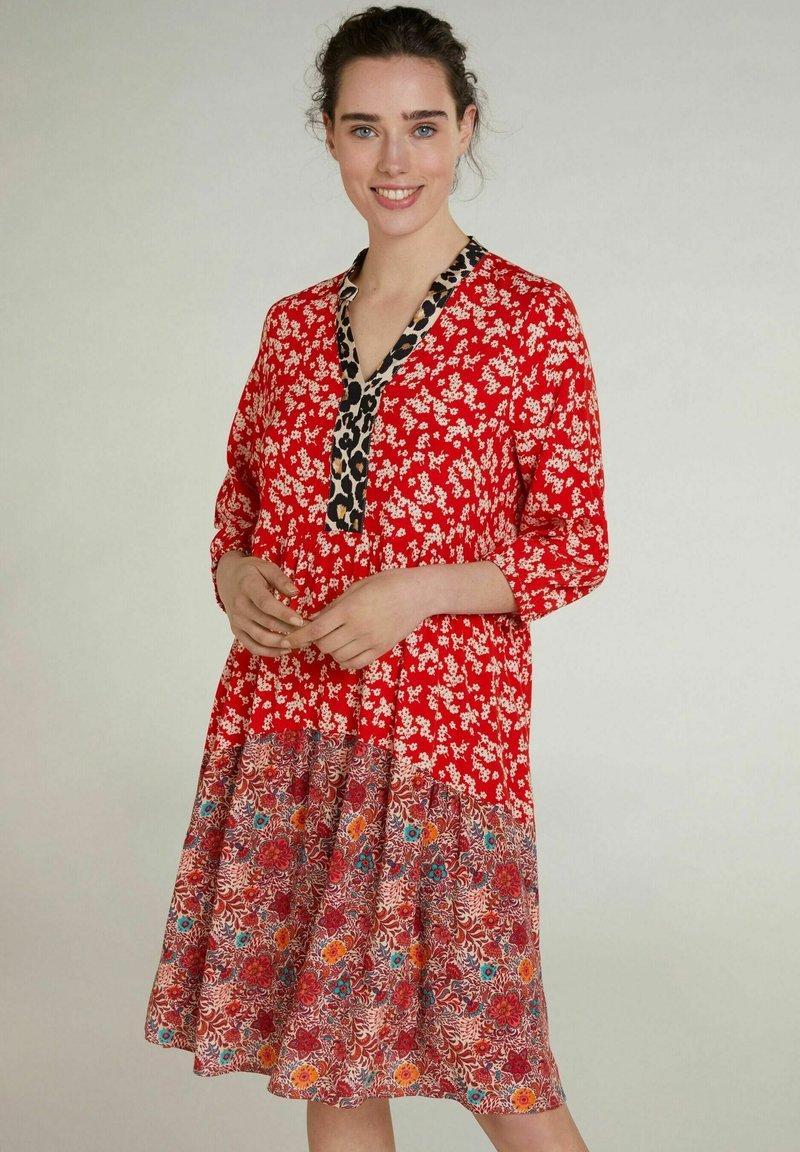 Oui - Day dress - red violett