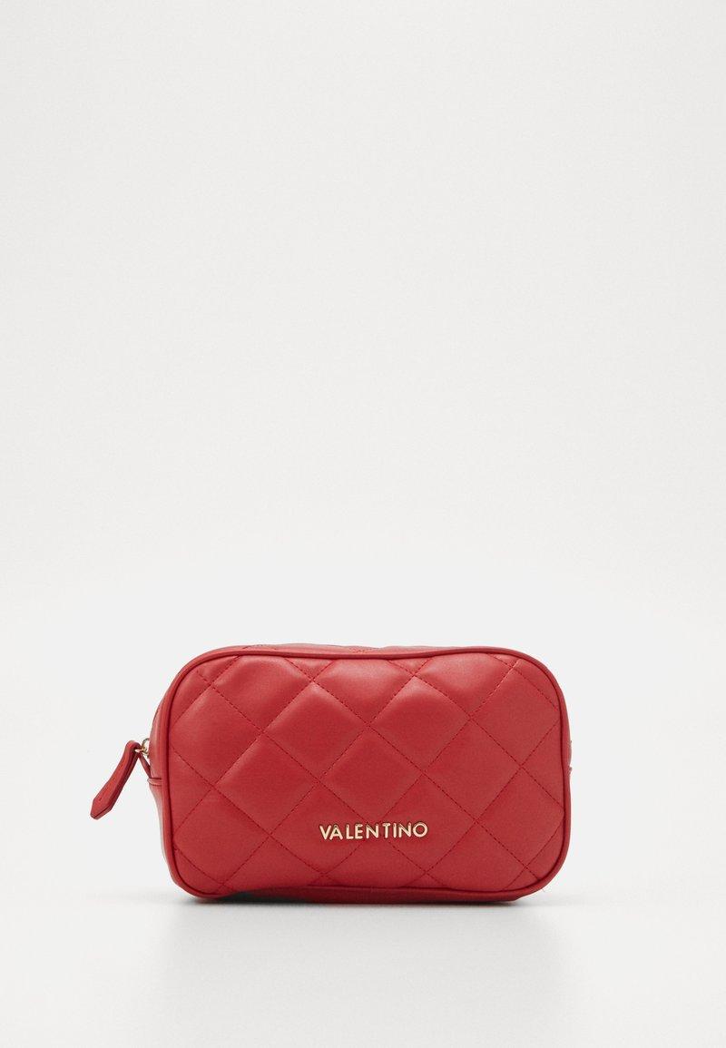Valentino by Mario Valentino - OCARINA - Wash bag - rosso