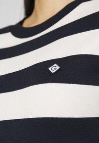 GANT - BAR STRIPED DRESS - Jerseykjole - evening blue - 5