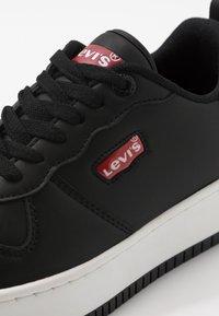 Levi's® - QUEENS - Trainers - black - 2