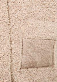 Cream - CROLA VEST - Waistcoat - dusty rose - 2
