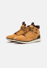Timberland - KILLINGTON HIKER CHUKKA - Sneakersy wysokie - wheat - 1