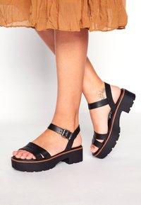 mtng - CURIE - Sandały na platformie - black - 0
