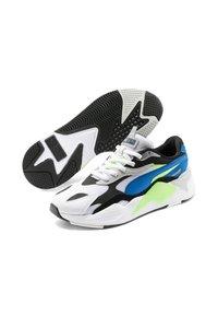 Puma - RS-X³ PUZZLE SOFT - Trainers - white-electric blue lemonade - 5