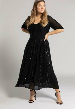Occasion wear - zwart
