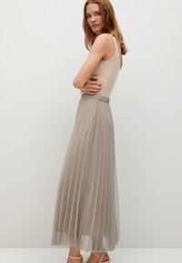 Mango - BREEZE-A - Pleated skirt - beige - 3