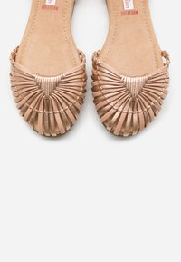 s.Oliver - Ankle strap ballet pumps - rose gold