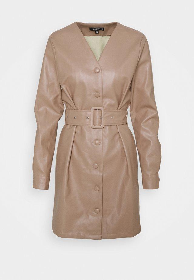 BELTED LONG SLEEVE MINI DRESS - Robe d'été - beige