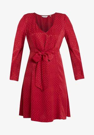 LACHEVY - Hverdagskjoler - rouge dorient