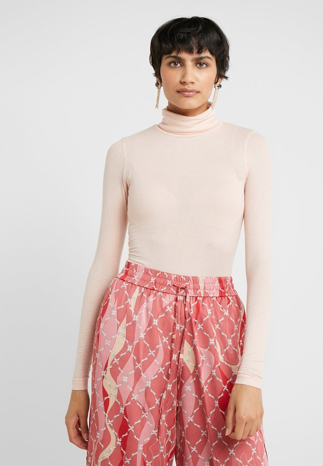 ANGELA ROCK NECK - Jumper - cream rose