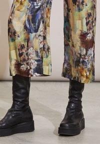 Odd Molly - GAIA - Trousers - multi - 4