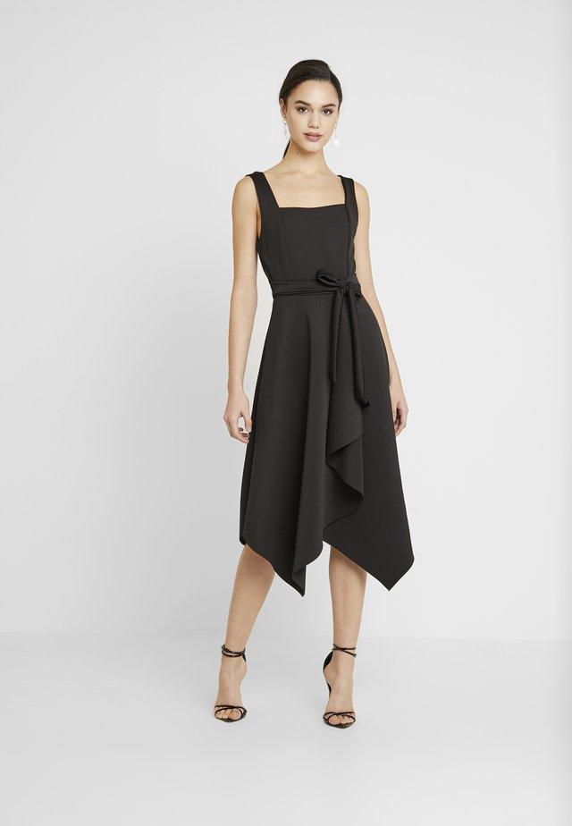 SQUARE NECKLINE TIE DRESS - Jersey dress - black