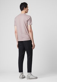 AllSaints - BRACE - Basic T-shirt - mauve - 2