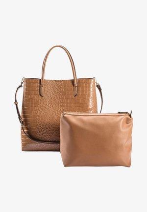 MIT KROKO-PRÄGUNG - Shopping Bag - haselnuss