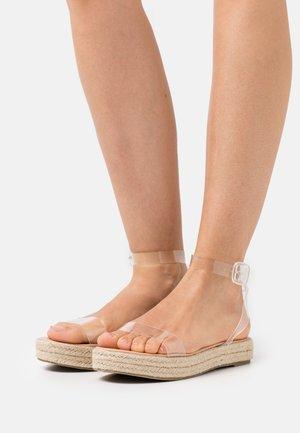 SLAVA - Sandály na platformě - clear