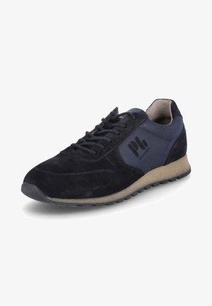 Walking shoes - blau
