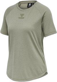 Hummel - HMLVANJA - Basic T-shirt - vetiver - 4