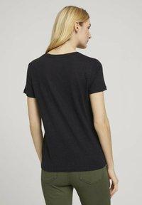 TOM TAILOR - Basic T-shirt - deep black - 2