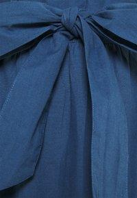 ONLY Petite - ONLSHERY LIFE MIDI - A-line skjørt - dark blue denim - 2