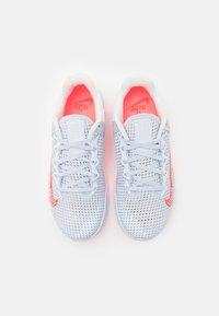 Nike Performance - METCON 6 - Treningssko - football grey/bright crimson/arctic punch/summit white/metallic silver/sunset pulse - 3