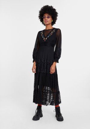 PEKIN - Maxi dress - black