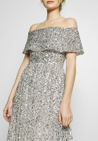 Maya Deluxe - SCATTERED SEQUIN BARDOT MAXI DRESS - Suknia balowa - soft grey - 4
