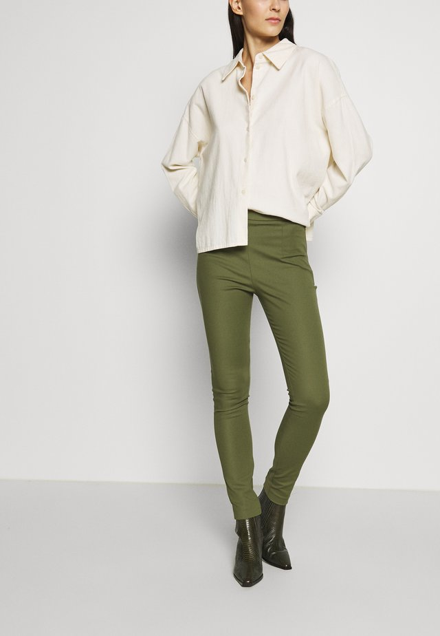 HIGH WAIST PANT - Trousers - olive green