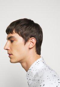 Paul Smith - GENTS SLIM - Shirt - white - 4