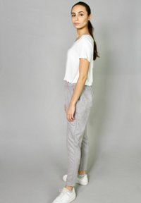 Riquai Clothing - Tracksuit bottoms - grau - 1