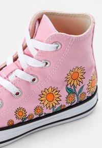 Converse - CHUCK TAYLOR ALL STAR SUNFLOWER - Zapatillas altas - pink/harbor teal/white - 5