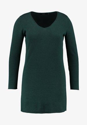 Pletené šaty - ponderosa pine