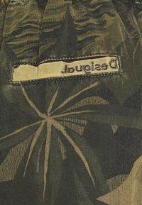 Desigual - PANT MALALA - Pantalon classique - verde militar - 2