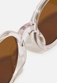 Études - BAKAYOKO UNISEX - Gafas de sol - crystal - 4