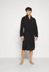 Lyle & Scott - LUCAS - Dressing gown - black - 0