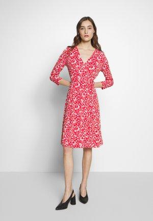 WRAP DRESS PRINT - Jersey dress - pink