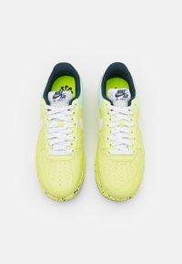 Nike Sportswear - AIR FORCE 1 CRATER  - Tenisky - light lemon twist/white/armory navy - 3
