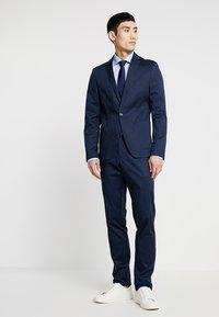 Eterna - SLIM FIT - Formální košile - light blue - 1
