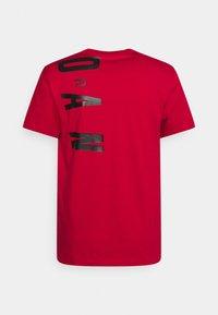 Jordan - AIR STRETCH CREW - Print T-shirt - gym red/black/(white) - 1