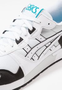ASICS - GEL-LYTE - Sneakers laag - white - 5