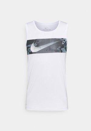 Camiseta de deporte - white