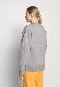 GANT - GRAPHIC - Sweatshirt - grey melange - 2