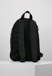 Calvin Klein - TRAIL ROUND BACKPACK - Rucksack - black - 2