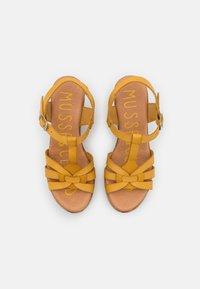 Musse & Cloud - KAROLA - Korkeakorkoiset sandaalit - yellow - 5