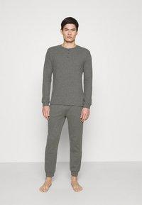 Pier One - LOUNGE HENLEY TROUSERS - Pyžamový spodní díl - mottled dark grey - 1