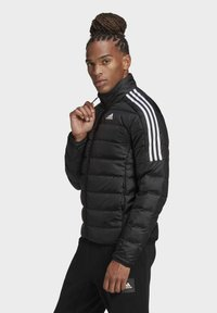 adidas Performance - ESSENTIALS PRIMEGREEN OUTDOOR DOWN - Kurtka puchowa - black - 3