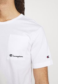 Champion - CREWNECK - Basic T-shirt - white - 4